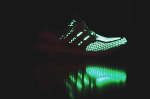 "Aangekondigd: Adidas Ultra Boost ""Glow in the Dark"""