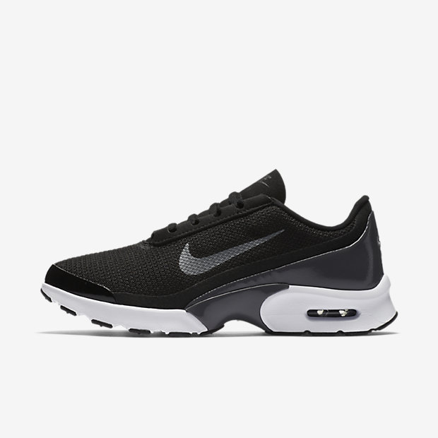 Nike Air Max Plus theSneaker.nl