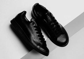 Klassieker in een nieuw jasje: Adidas Stan Smith in 'Triple Black'