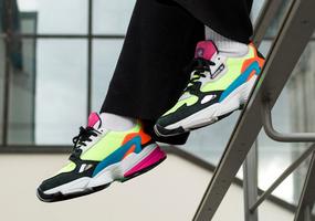 Maak kennis met de nieuwe adidas Falcon Neon!