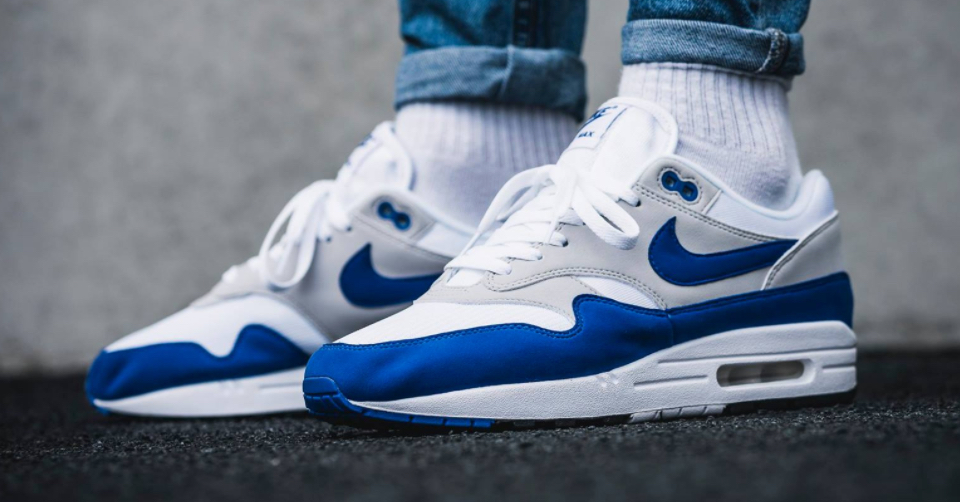 royal blue air max 1